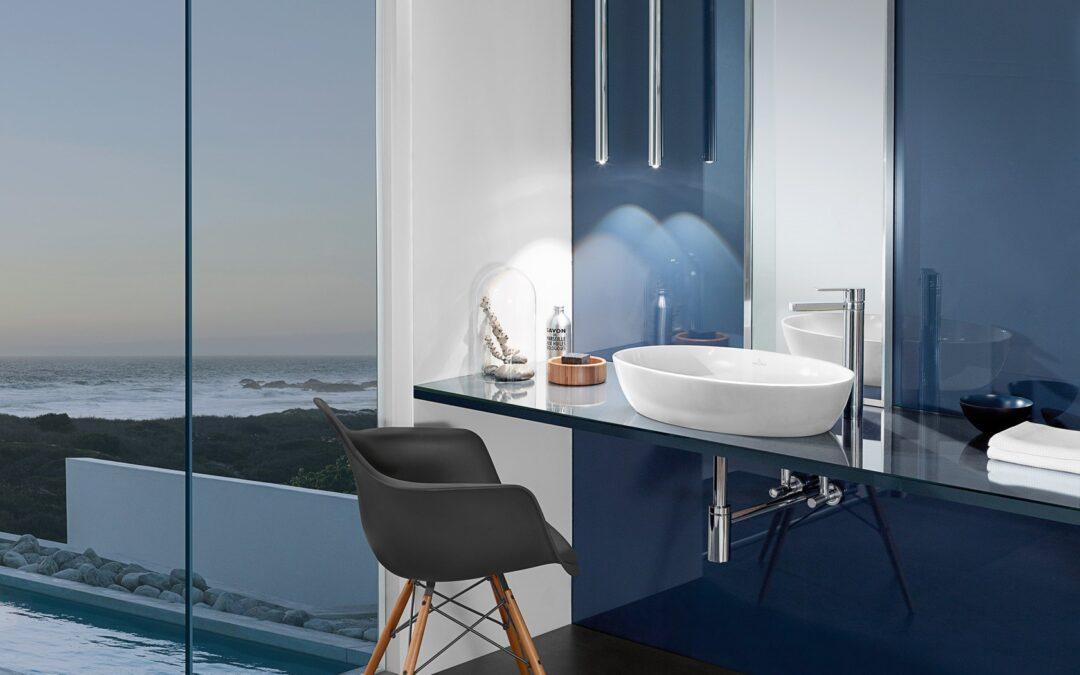 Calmul și relaxarea aduse în baie de albastrul Blue Classic, culoarea anului 2020